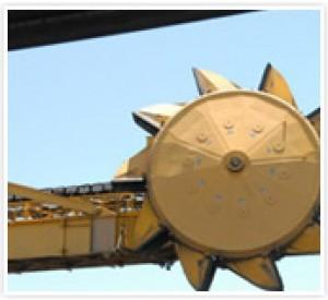 LAXT 8000 MTPH Shiploader